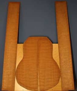 Quilted mahogany guitar set no 12